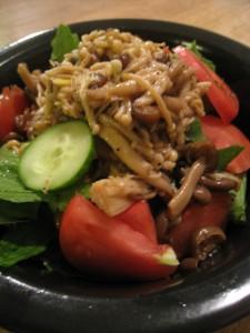 漢方のサラダ