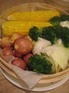 漢方の野菜 蒸篭で蒸す